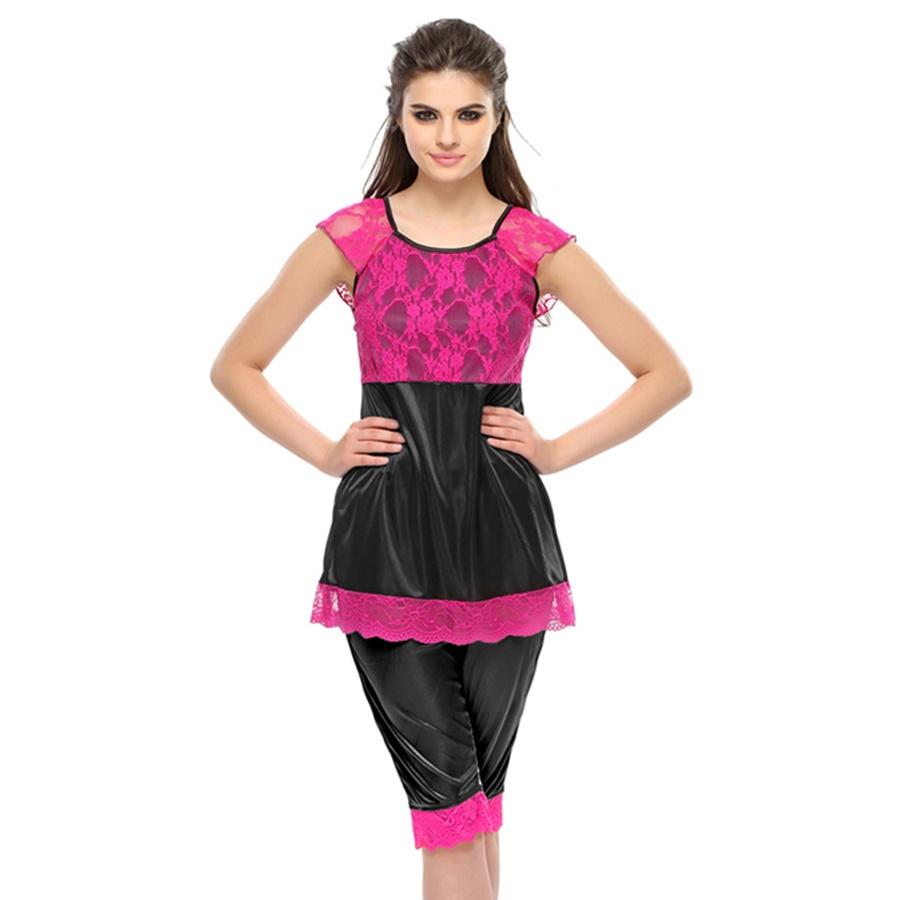 Black Lace Capri And Top Nightwear