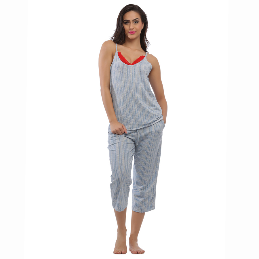 Blue Cotton Spandex Camisole & Capri Set With Contrast Lace