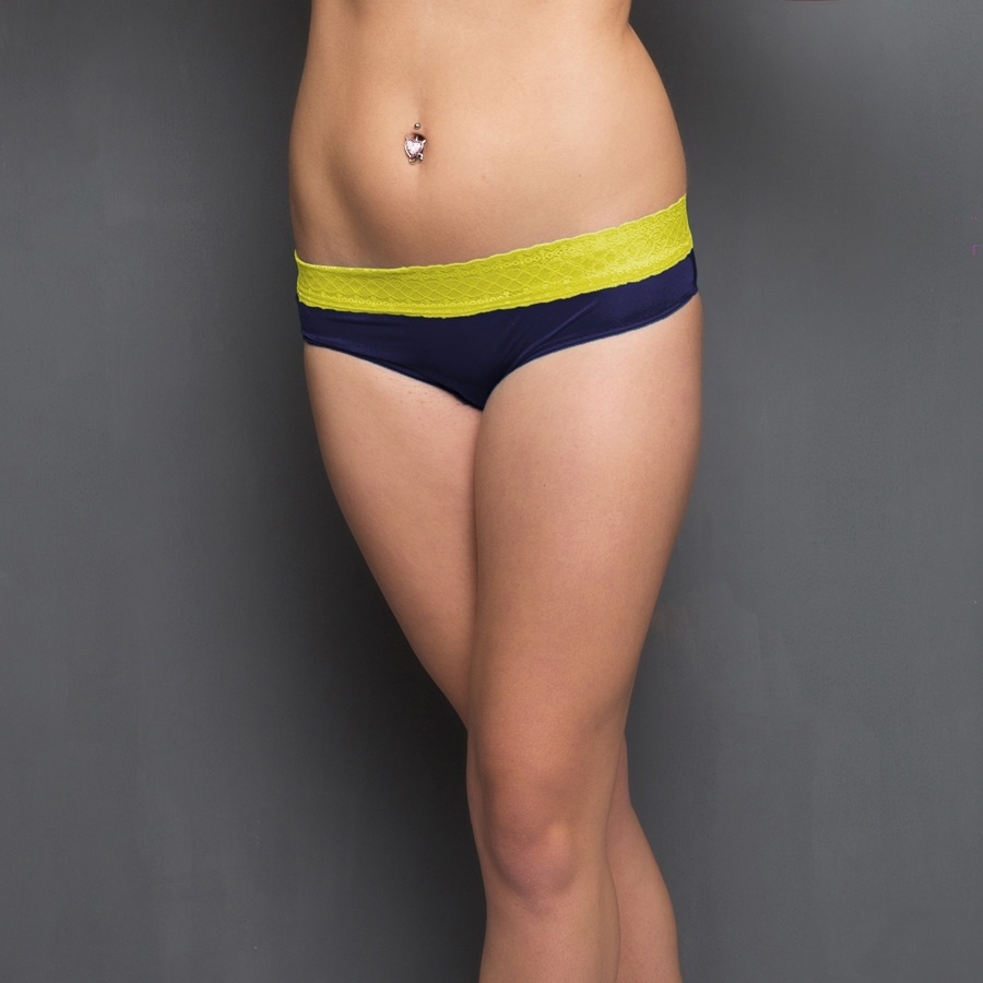 Panty In Navy With Lace