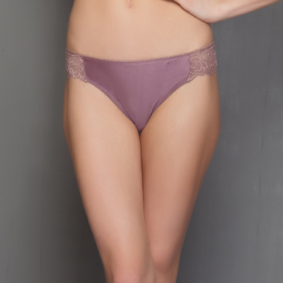 Fashion Thong in Lavender