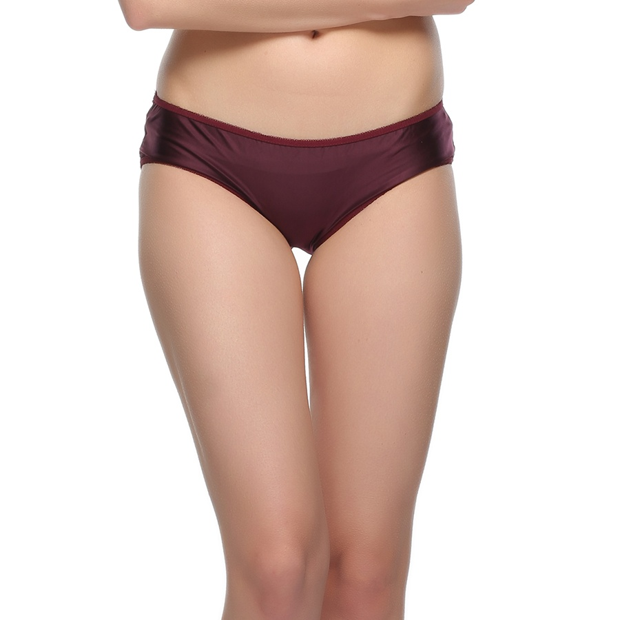 Fashionable Panty In Glossy Finish