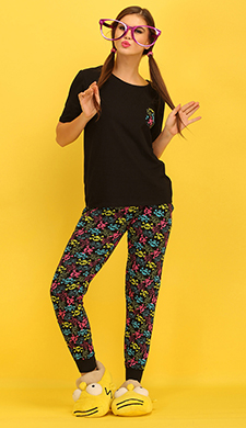 Black Cotton Spandex T-shirt & Pyjama Set With Funky Skull Print