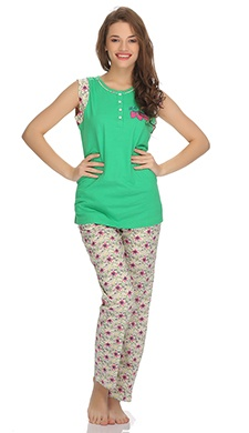 Cotton T-Shirt And Pyjama Set In Summer Green