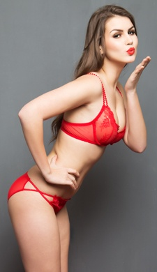 Set Of Bra And Panty: Sexy Non Padded Underwired Bra and Panty In Red