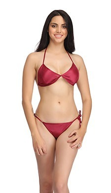 Set Of Halter Neck Bra & Stringy Bikini