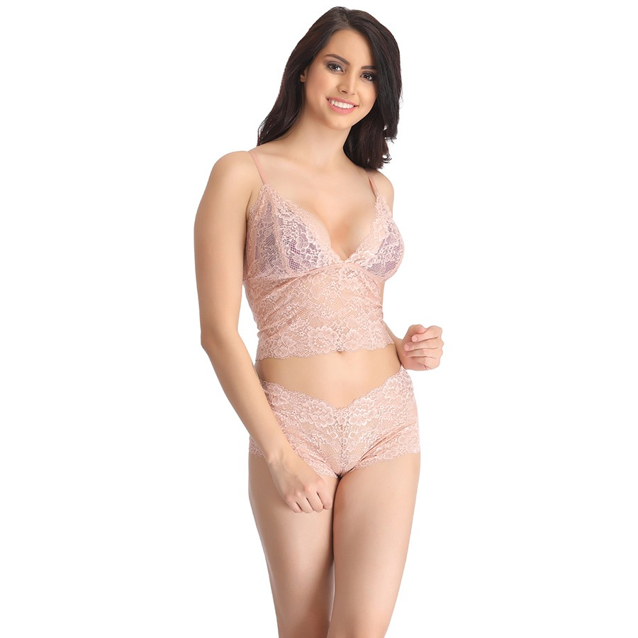 The Lilyette Comfort Lace Minimizer Bra offers superb minimizing and a luxurious, soft feel. It doesn't hurt to complete a set with the matching panty and garter belt from time to time. to keep in rotation. One to wash, one to wear, and one to let rest or spring back, as we say here at HerRoom. Bras are made of elastic and as that.