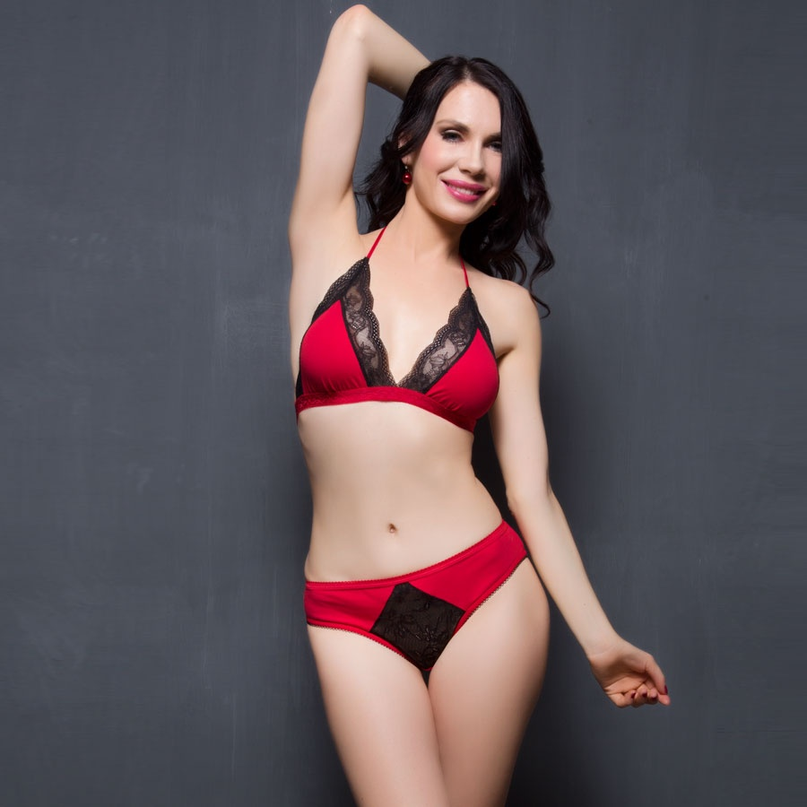Buy Set Of Soft Cup Cotton Bra and Panty In Red And Black ...