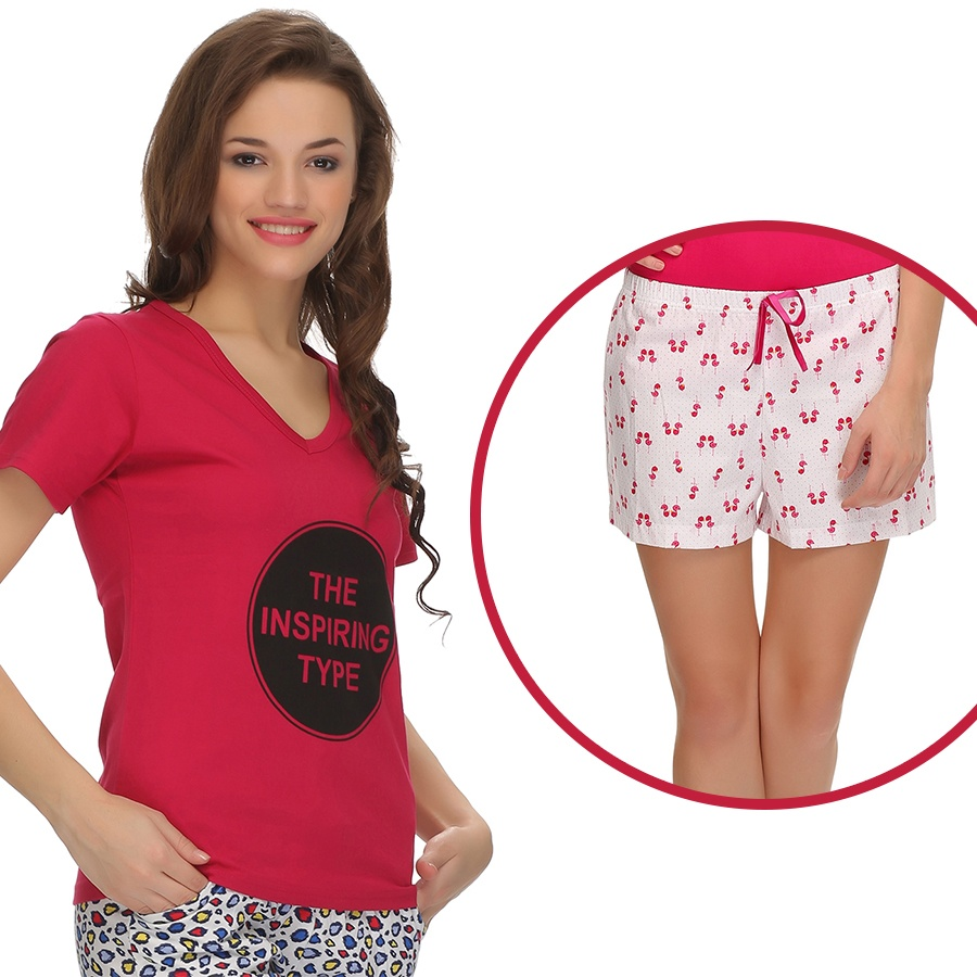 Trendy Graphic T-Shirt With Short In Pink